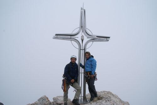 Am Gipfelkreuz des Hohen Gölls (2522 m)