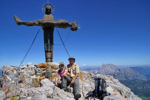 Am Gipfel der Schönfeldspitze (2653m)