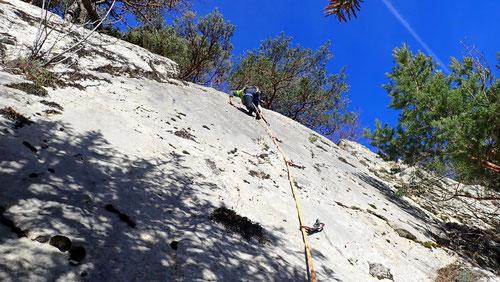 2020/03: Klettern an der blauen Platte des Gerstelgrates (CH/BL)