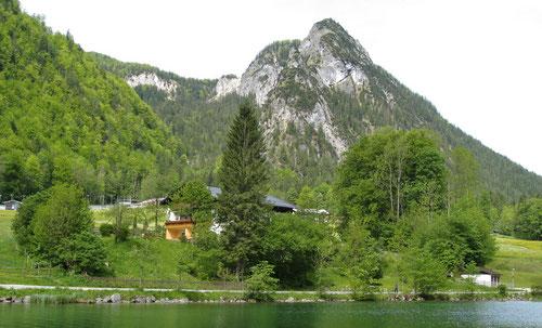 Die Grünsteinspitze (1304m) von Schönau aus gesehen.