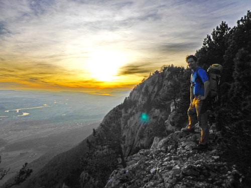 Ein phantastischer Sonnenuntergang beim Ausstieg am Gipfel der Balmflue