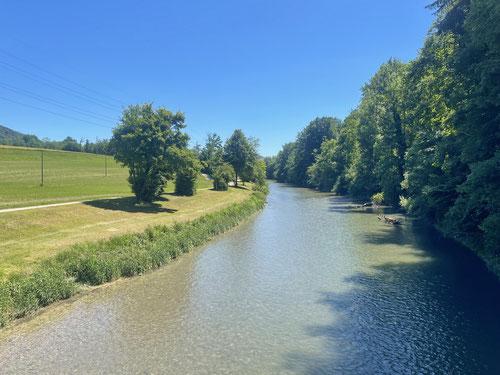 Ich erreiche die Töss. Von hier aus ist der Weg nach Winterthur gegeben.
