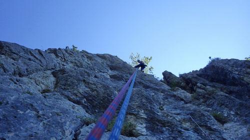 Abseilen in der MSL-Route La Bona (Kletterspot La Bréme)