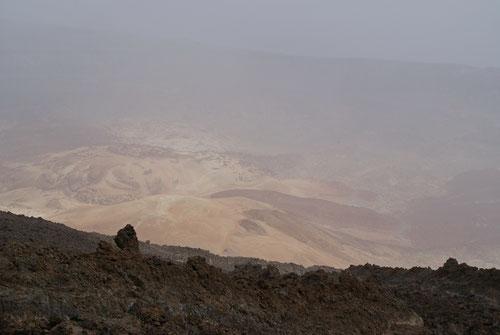 Beschränkte Aussicht vom Gipfel