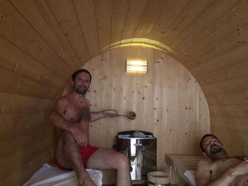 Im Saunawagen auf dem Camping Lazy Rancho