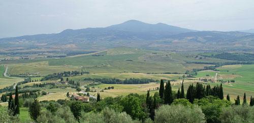 Das Monte Amiata Massiv aus der Ferne