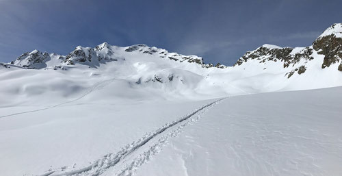Blick auf den tollen Skitourenberg Piz Lagrev!