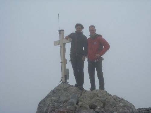Gipfel ohne Aussicht - Auf der Watzmannfrau komplett im Nebel