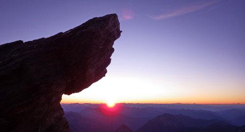 06:00 Uhr. Die Sonne kommt hervor.
