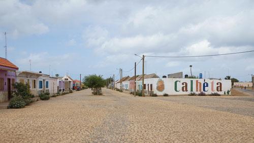 Die Ortschaft Calheta.