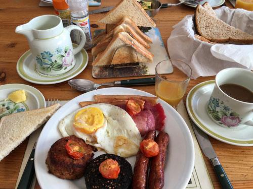 Das typische Irische Frühstück! Bestimmt nicht für jeden Magen.