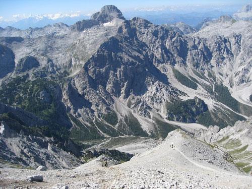 Aussicht auf den langen Abstieg nach Wimbachgries