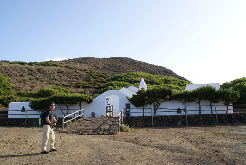 Die Ermitage Virgen de los Reyes. Die Inseldurchquerung geht los!