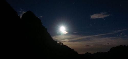 Die Leventina bei Nacht