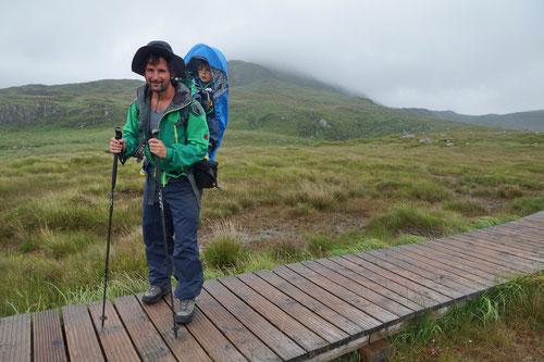 Auf dem Weg zum Diamond Hill bei stetigem Nieselregen.