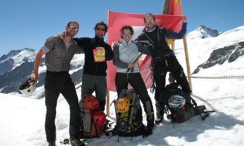 Nach erfolgreicher Besteigung zurück auf dem Jungfraujoch