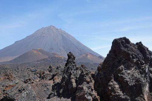 Der Pico do Fogo mit seiner skurrilen Lavalandschaft