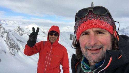 Am Gipfel des Gross Leckihorns
