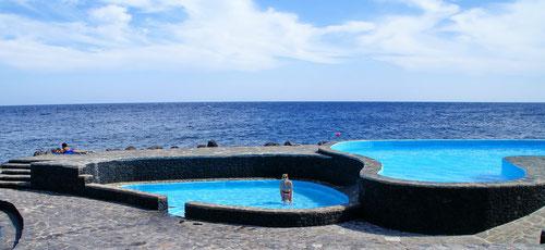Das Meerwasserbecken von Caleta