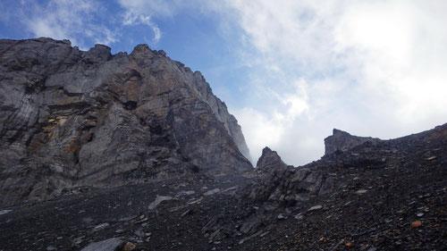 Blick auf die Südwand des Schlossbergs und die gleichnamige Lücke.