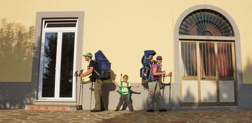 Inseldurchquerungen zu Fuss -  ein Ferienhobby der Familie. Hier auf Elba (2014).