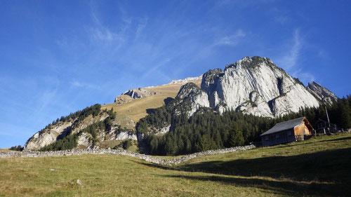 Der Wildhuser Schafberg (2'373 m) mit vorgelagerter Kannte.