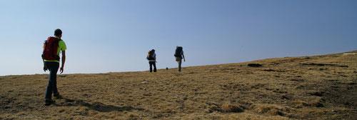 Auf dem Kamm dem in Richtung Gipfel des Gazzirolas