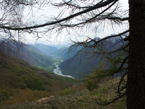 Blick hinunter ins Tal.
