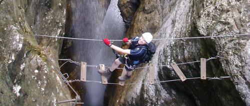 Berni auf der Wasserfallbrücke