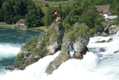 Die Rheinfälle in Neuhausen