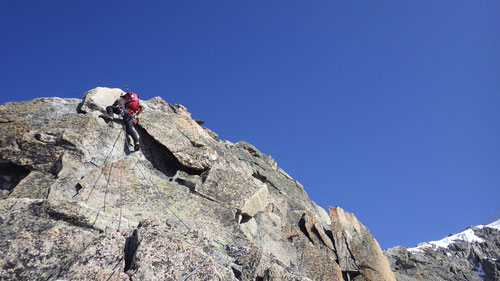 Viel zu kurz. Dominik klettert bereits die letzte Seillänge im Vorstieg.