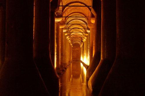Unter der Erde: Die Cisterna Basilica