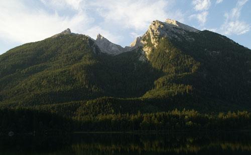 Die Schärtenspitze im Blick vom Hintersee