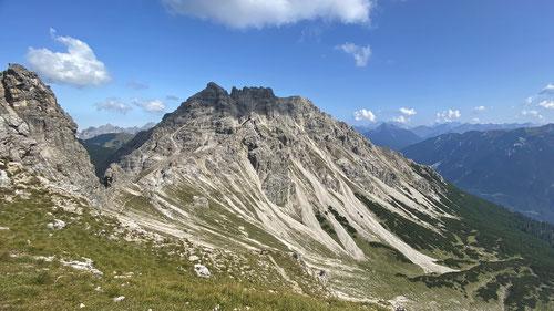 2020/09: Auf dem Weg zur Leilachspitze in der Bildmitte ( D/Bayern/Allgäuer Alpen)