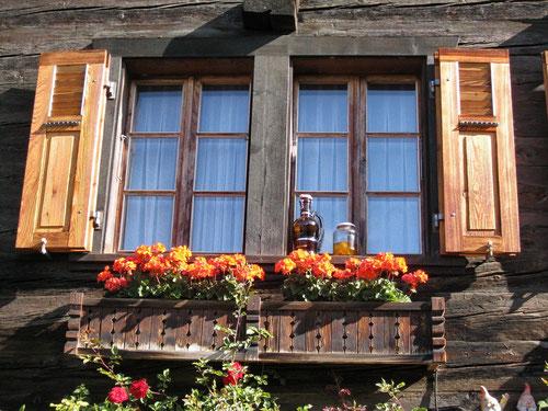 Eines der vielen typischen walliser Holzhäuser in Ausserberg