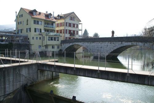 Die alte Nepomukbrücke bei Dornach