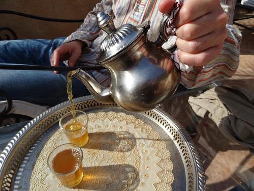 Teetrinken: Eine Lebensphilosophie hier