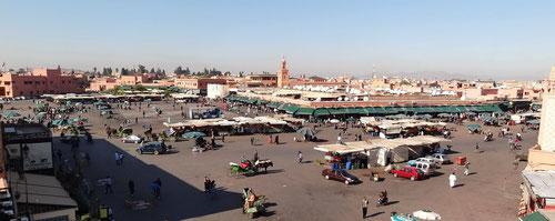 Blick auf den Djemaa el Fna