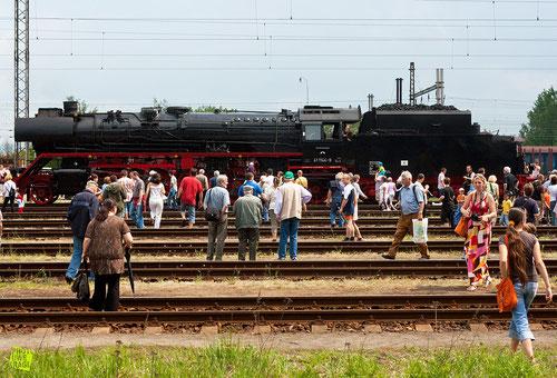 großes Interesse für die Lok der IGE-Werratal-Eisenach