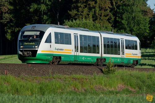 """Dieseltriebwagen """"Desiro"""" BR 642 Vogtlandbahn zwischen Wunsiedel und Marktredwitz"""