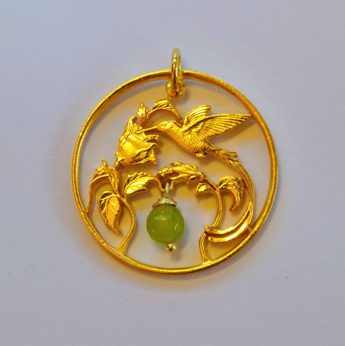 Münzsägewerk Katrin Thull   Jamaica - Kolibri mit Perle, goldplattiert