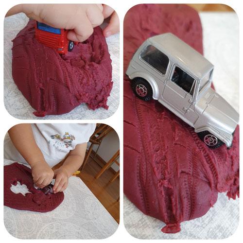 Baby-Knete, Knete, Plastilin, DIY, Toddler, Play, Biolino, Wien, Spielzeugautos, Spielen mit Kindern