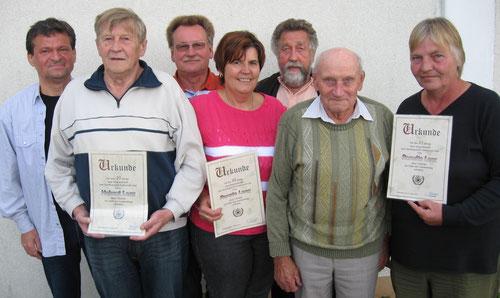 2010 - v.l. Vorsitzender Jörg Rudolph, Helmut Lenz, Harald & Renate Lang, Dieter Fritsch, Siegfried Kern und Roswita Lenz. - Foto: skc -