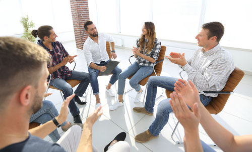 Gruppen Training für mehrere MitarbeiterInnen