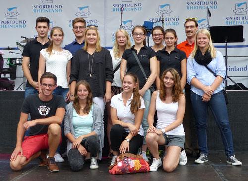 im Ehrenamt Voltigieren aktiv: Alina Klapperich, Cora Damaschke, Lea Römer und Meike Thelen