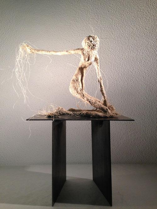 sculpture terre, filasse et fer