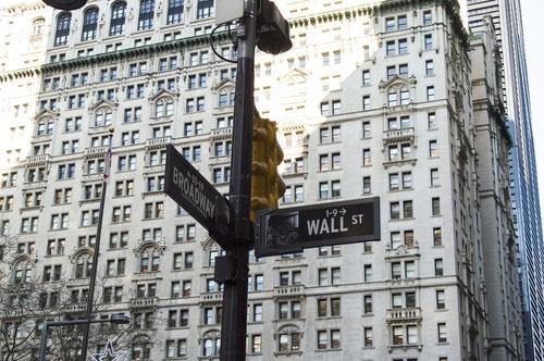 Wenn Sie sich die Sprachrohre der Finanz- und Währungseinrichtungen anhören, werden Sie wahrscheinlich irregeführt.....