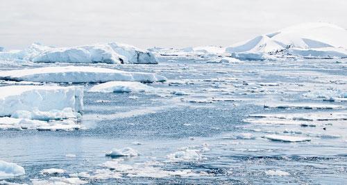 El último deshielo de la Antártida llego a aumentar el nivel del mar hasta 3 metros. Foto (cc): Pixabay / Girlart39