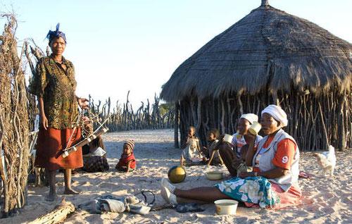 Los bosquimanos de Botsuana se enfrentan al hostigamiento y a la intimidación del Gobierno desde hace una década. © Survival International