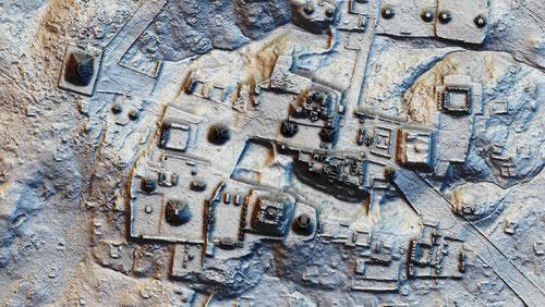 Una nueva pirámide fue descubierta al sur de la plaza Mundo Perdido de Tikal / PACUNAM/Canuto & Auld-Thomas